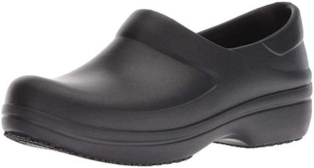 crocs-women-s-neria-pro-Ii-clog -slip-resistant-work-shoes